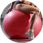 Jumppapallolla harjoittelu